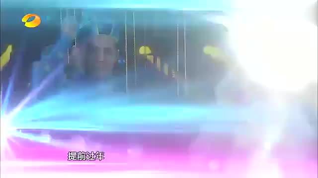 瞿颖模仿倪萍搭档贾玲模仿姜昆,主持春晚,一开嗓满满的回忆杀!