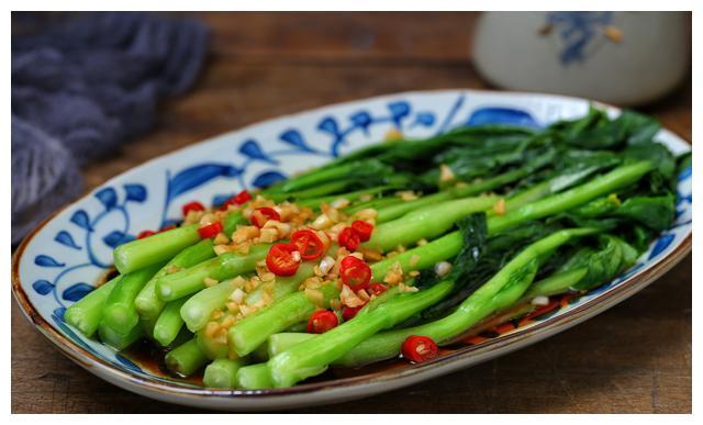 百吃不厌的一道素菜,口感脆嫩鲜美,五分钟就能上桌,小白也会做
