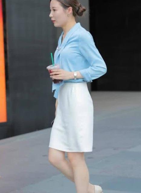 街拍:气质美女穿搭职业装高贵典雅妥妥的女神范