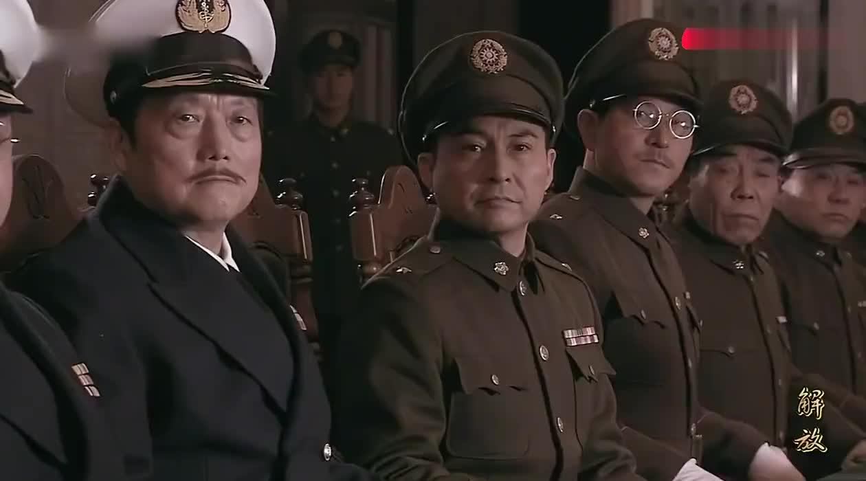 解放:徐州会战,蒋介石命令白崇禧出任最高指挥,老蒋却不放权