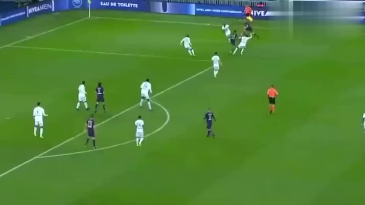 卡瓦尼建功 巴黎1-0小胜图卢兹