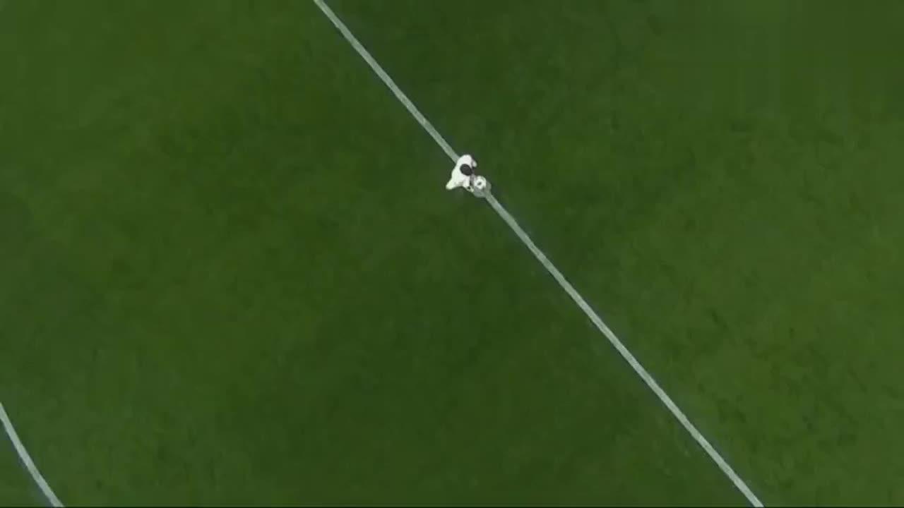 国王杯 巴萨4-1莱昂内萨 梅西苏牙未出场