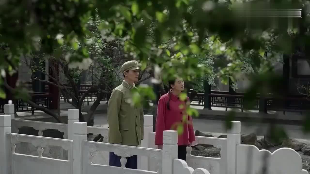 海棠依旧:侄女领着恋人见周总理,总理说了句话,竟吓到了两人!
