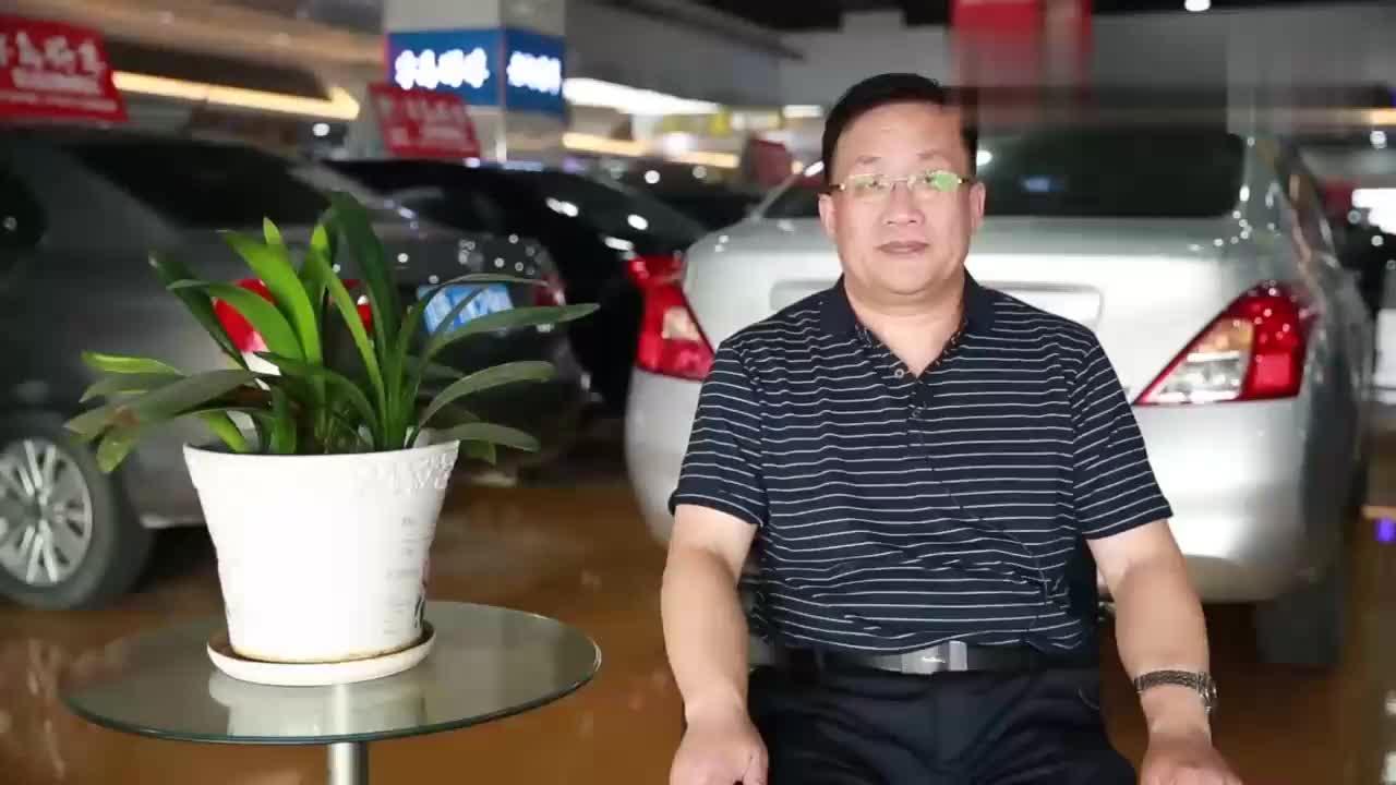 视频:别克英朗省油吗?和宝骏有什么区别,来看老司机为你解答