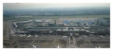 """最有""""远见""""钉子户,在机场跑道上住50年,拆迁款涨了9亿"""