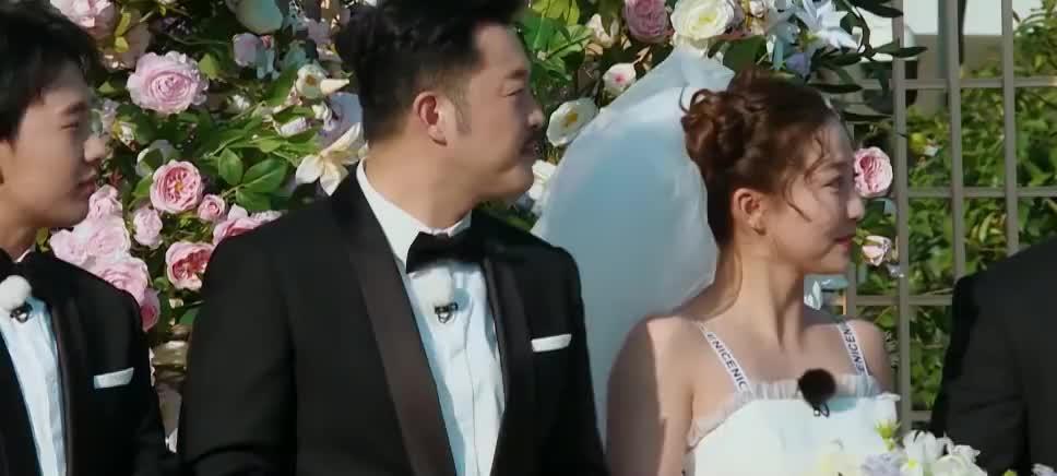 李晨新娘吃瓜协会会长,郭麒麟新娘厉害了,竟是美少女战士