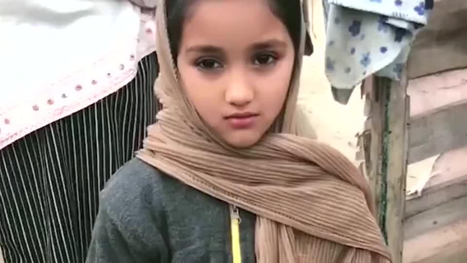 巴基斯坦人的基因,真是太强大了,看看长的多么漂亮!