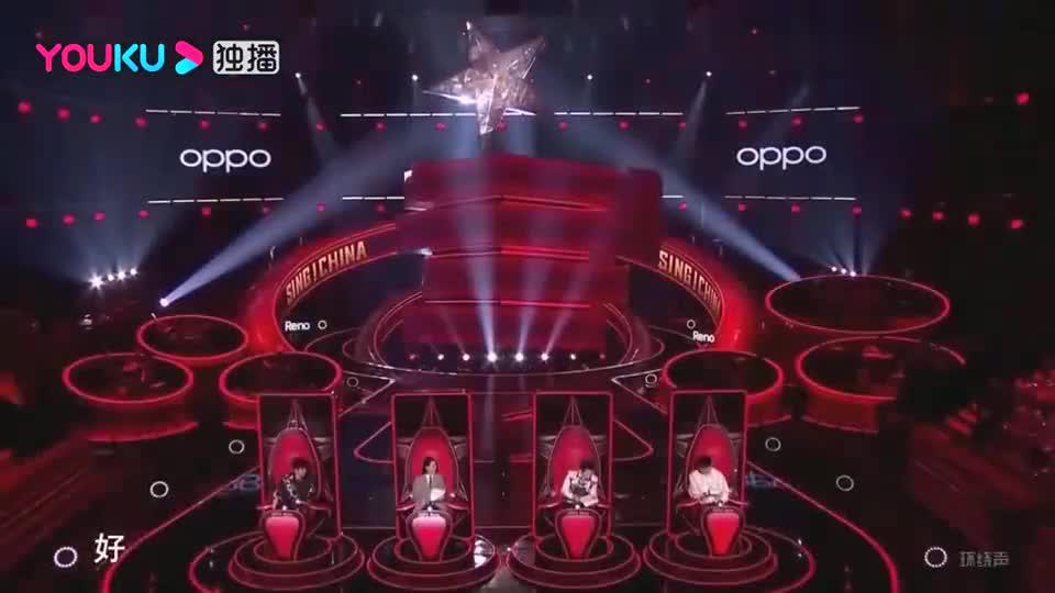 中国好声音:华裔女孩对舞台执着,为了梦想,连续四年参赛好声音