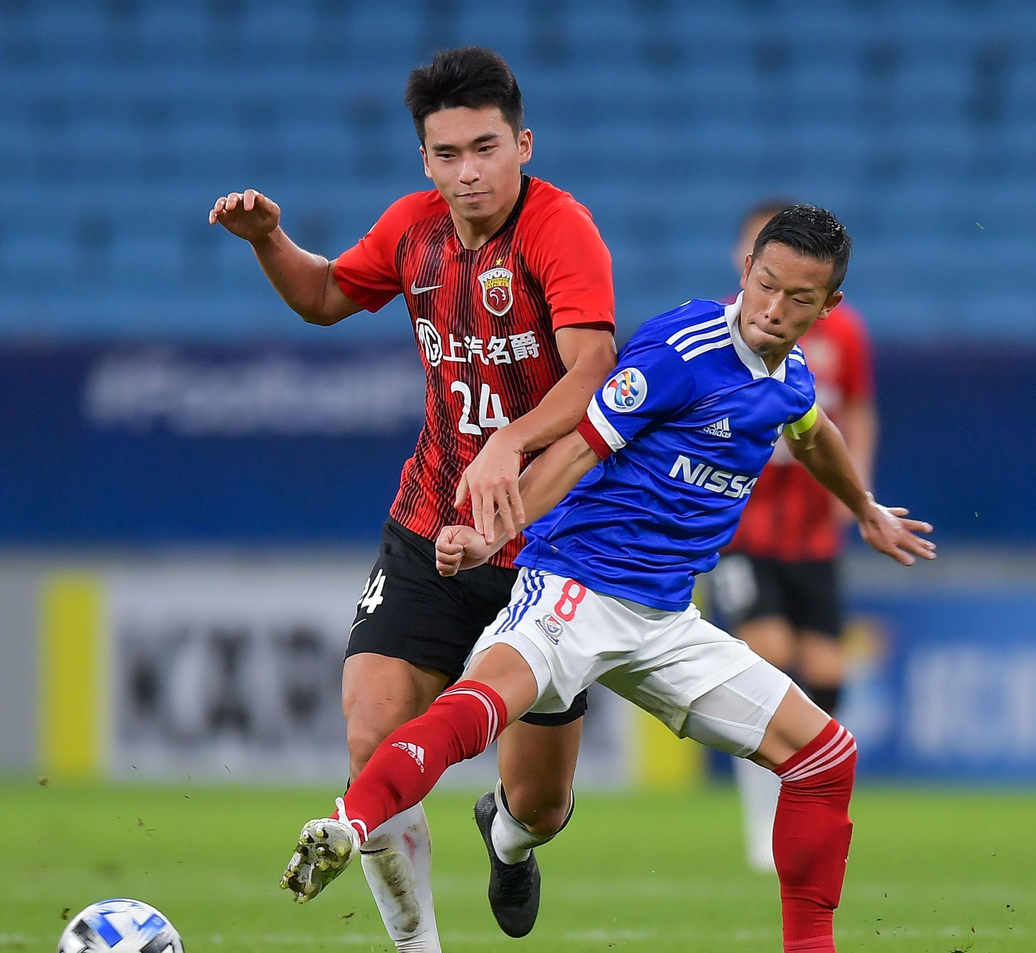 足球——亚冠:上海上港胜横滨水手(2)