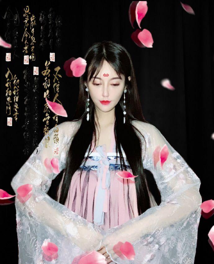网红美女模特小楠迷人写真美照欣赏