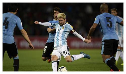 假如梅西参加西班牙,有哈白布的协助,他可以成为球王吗?