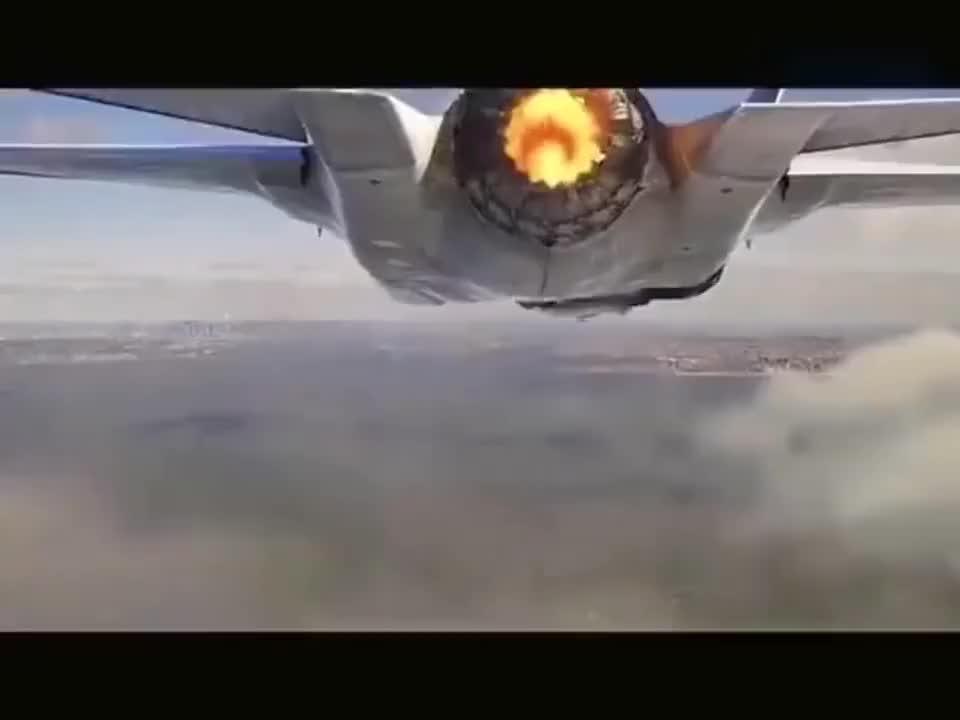 导弹的核弹头在太空爆炸是啥样的
