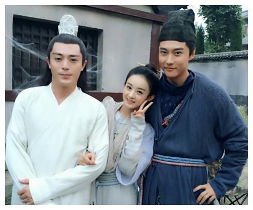 张丹峰为何会娶洪欣?看到她早期照片明白了,网友:漂亮