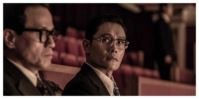李秉宪春史电影节称帝,李英爱封后,奉俊昊获100年颁一次最大奖