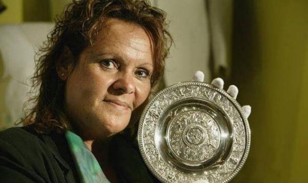 今天是你的生日:澳大利亚女子网球运动员伊文·菲·古拉贡·考利