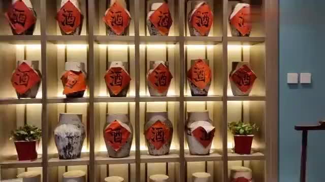 哈尔滨江南小镇,迎合了东北人口味的江浙菜,四家连锁店个个火爆