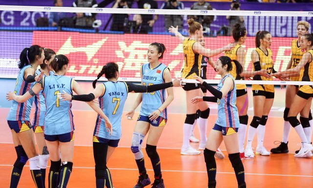 女排世俱杯小组赛 天津女排 0-3 瓦基弗银行
