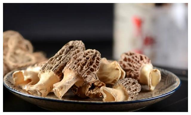 杞不凡说:最寒冷的冬天,来一碗同仁堂冻干羊肚菌汤吧