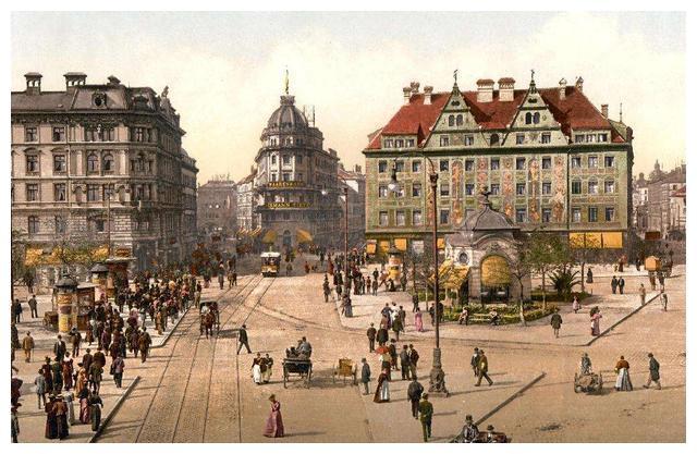 你恐怕不敢想象,1913年,斯大林可能在维也纳街头找希特勒问过路