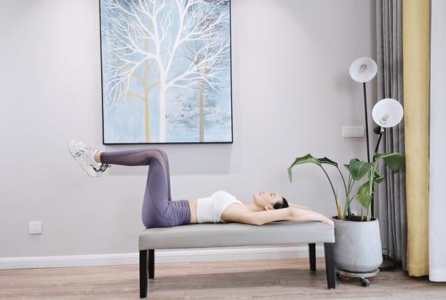 伸展会让你的肌肉柔软度更好,从而减轻肌肉紧绷感,改善身体疼痛图1