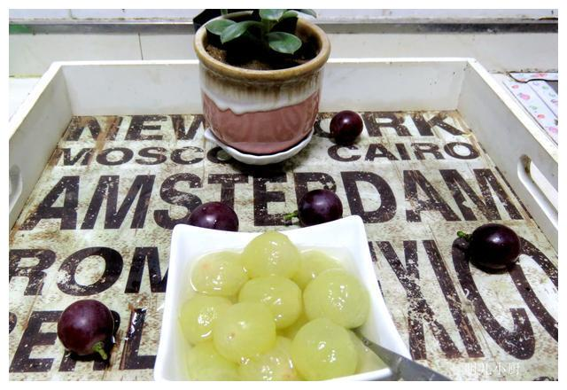 秋天苹果梨不吃,此水果不可错过,酸甜可口养人,让您吃出冻龄肌