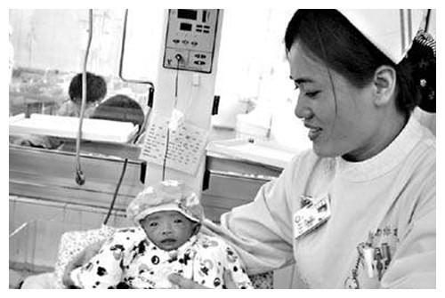 18年前,那个出生仅25厘米,打破世界纪录的女婴,现状如何?