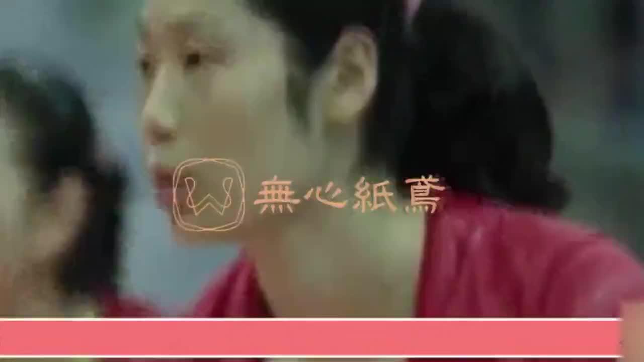 中国女排郎平紧身旗袍出场瞬间惊艳四座队员们瞬间愣住