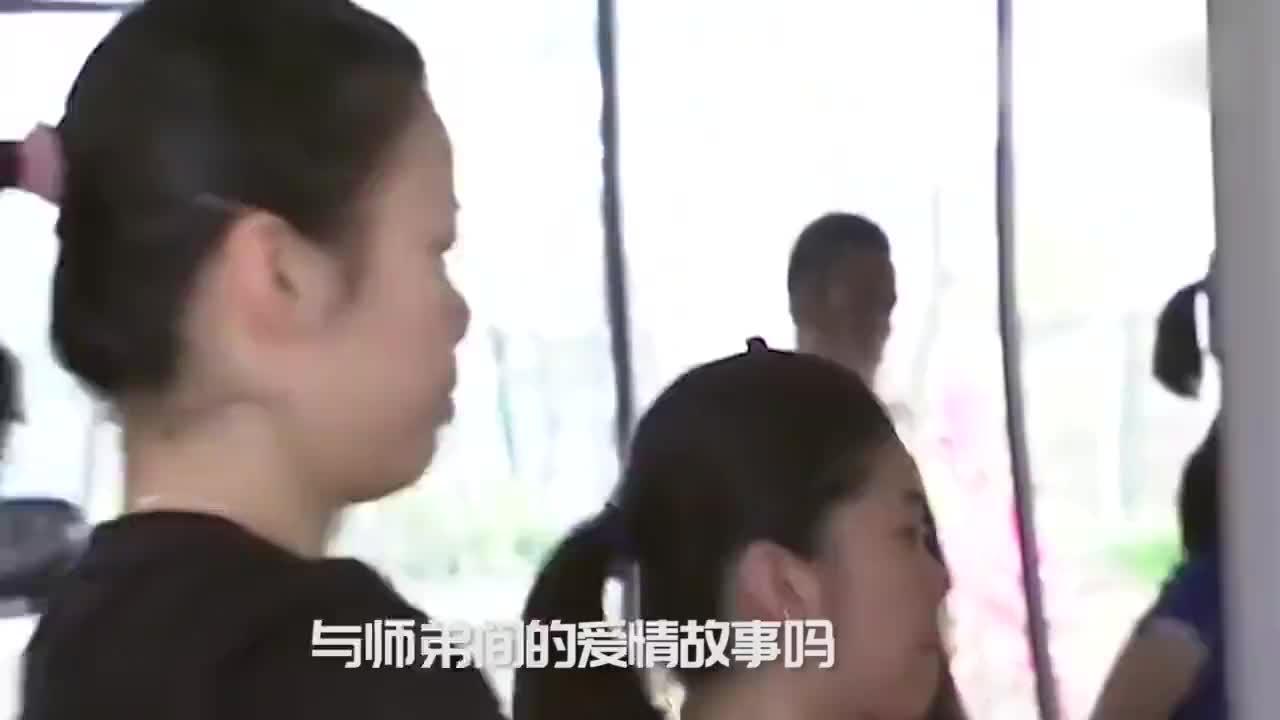 中国羽坛模范夫妻,李雪芮被师弟苦追3年,直言原本不想接受他