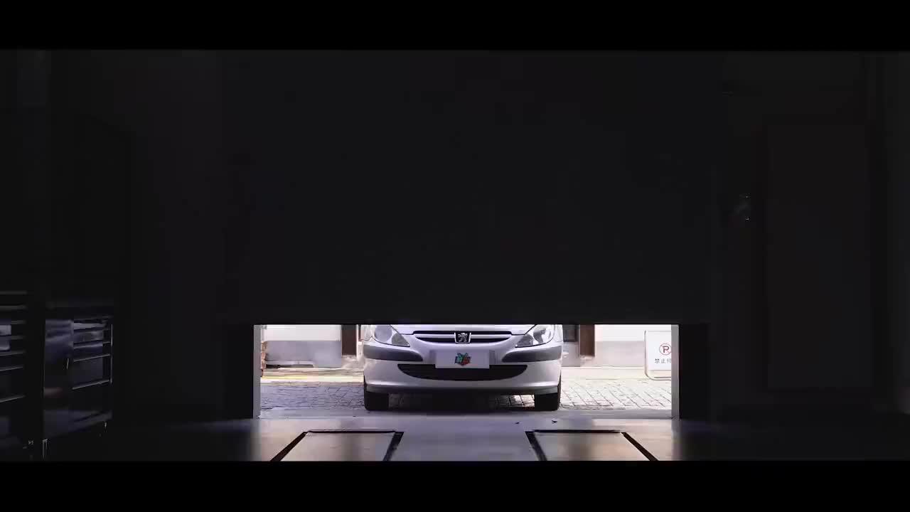 视频:盘点标致307的奇葩设计,为什么法系车总是思路新奇?