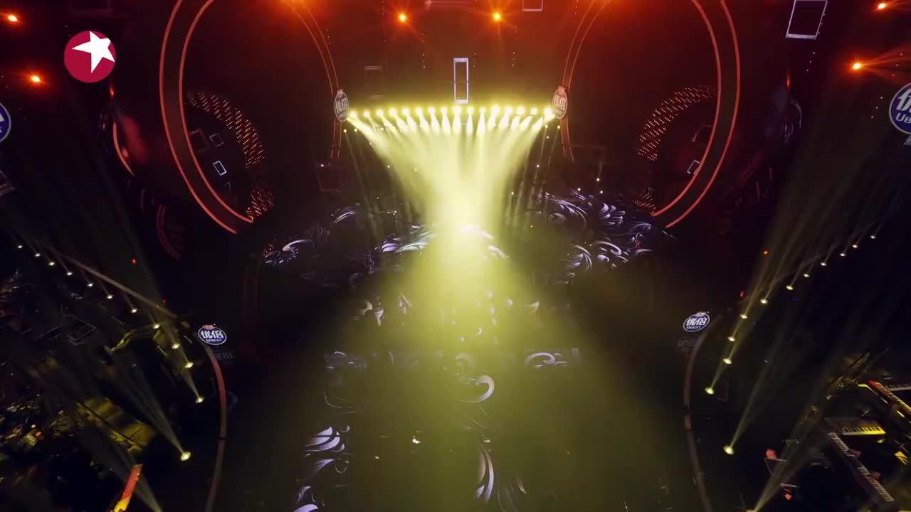 我们的歌:钟镇涛黄绮珊实力演绎《再回首》,唱出太多故事感!
