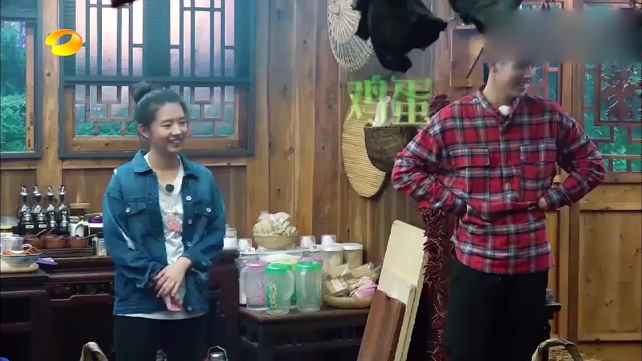 """张柏芝""""鸡蛋疗法"""",任贤齐:急得用粤语英文来解释,何炅都笑了"""