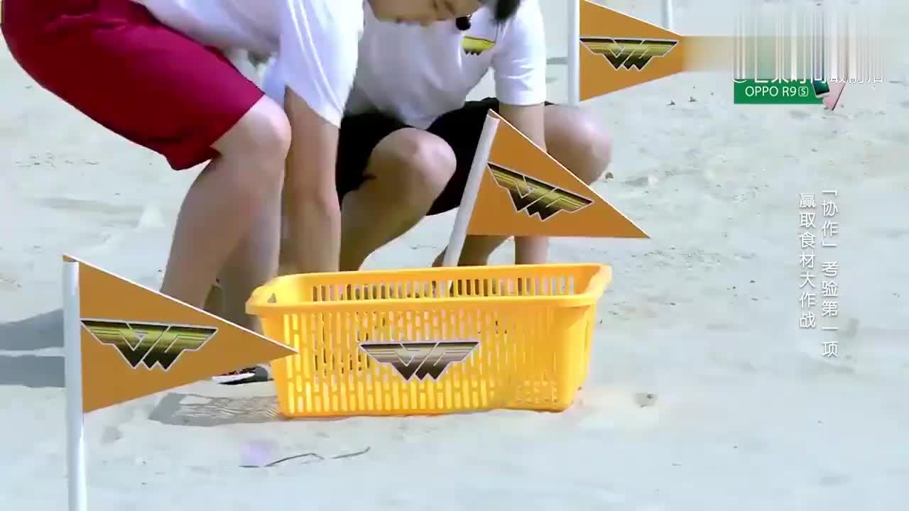 高能少年团:杨迪变身游戏黑洞,害教练水里狂憋气,尹正直言服了