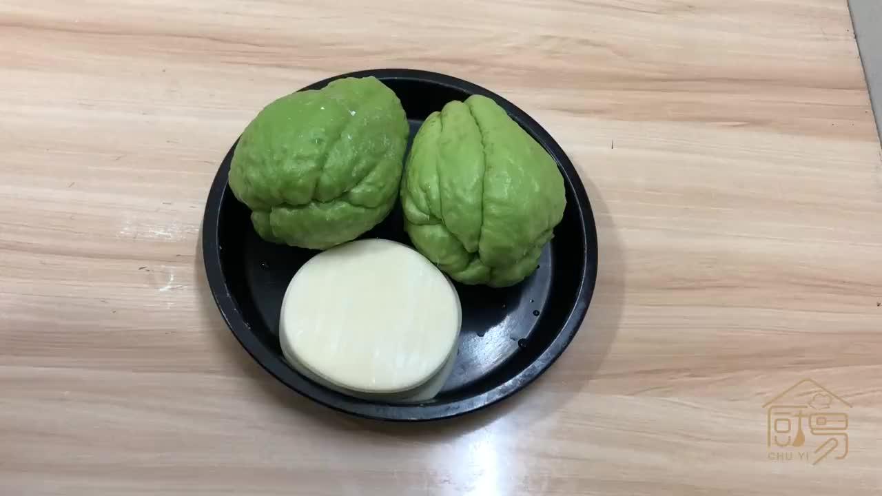 佛手瓜不要炒着吃,加1块钱饺子皮,简单一做,清淡美味有营养