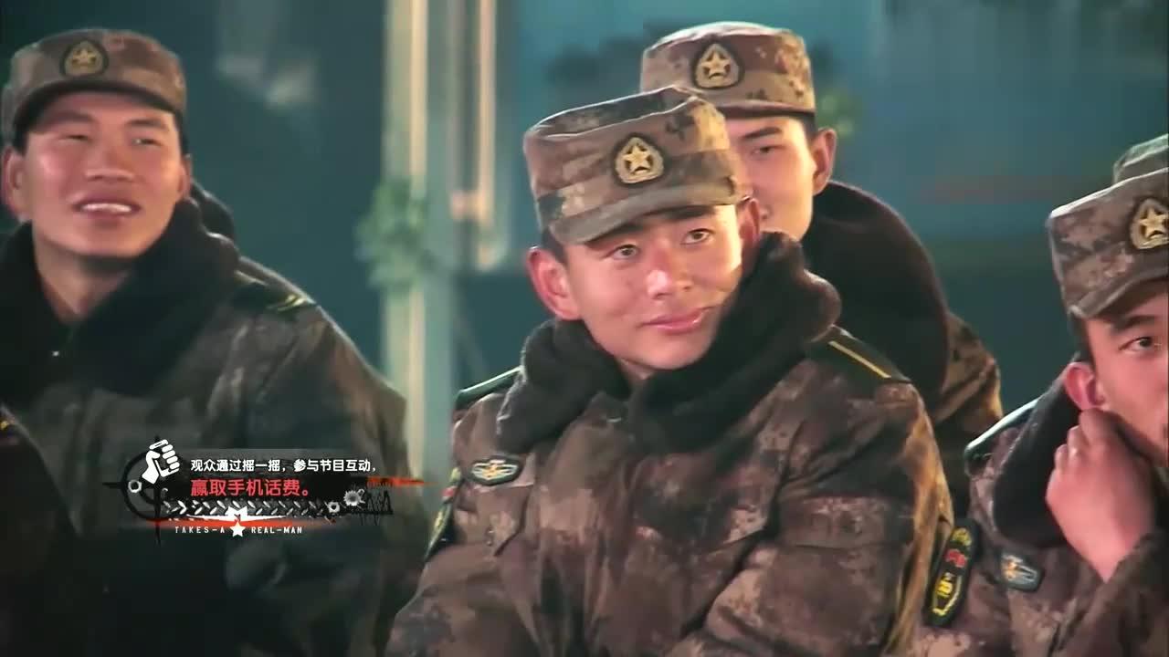 班长姜伟八年没回家,海涛准备惊喜视频,袁弘郭晓东看哭偷抹眼泪