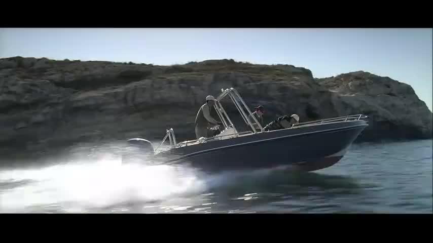 这部动作大片中快艇追逐枪战追杀全程火爆刺激