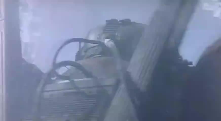 这部港产科幻动作片机器人对战火力全开看得惊险又过瘾