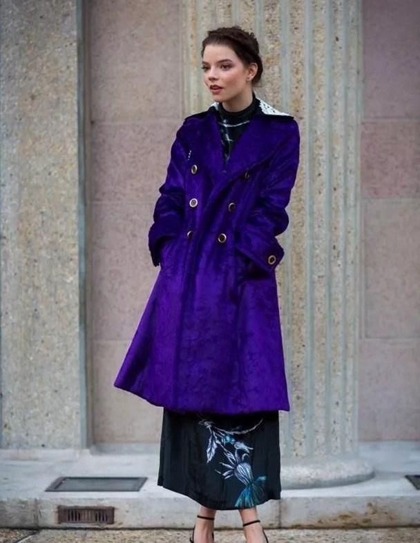 """四五十岁的女人穿什么?选""""紫色系""""准没错,""""秒杀""""一众同龄人"""