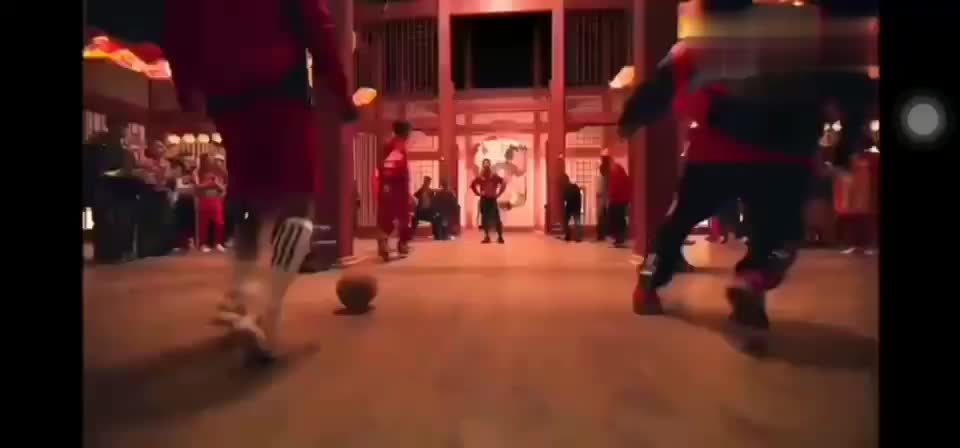 北京花式足球莫西哥参与2020adidas中国风广告拍摄(饰蹴鞠者)