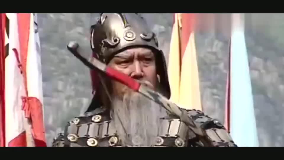 黄忠与夏侯渊交换战俘,黄忠却背后射冷箭,瞬间激怒夏侯渊!