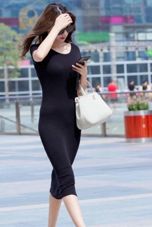 """北京超5.9万考生""""大考"""" 京版试题贴近生活富含情怀"""