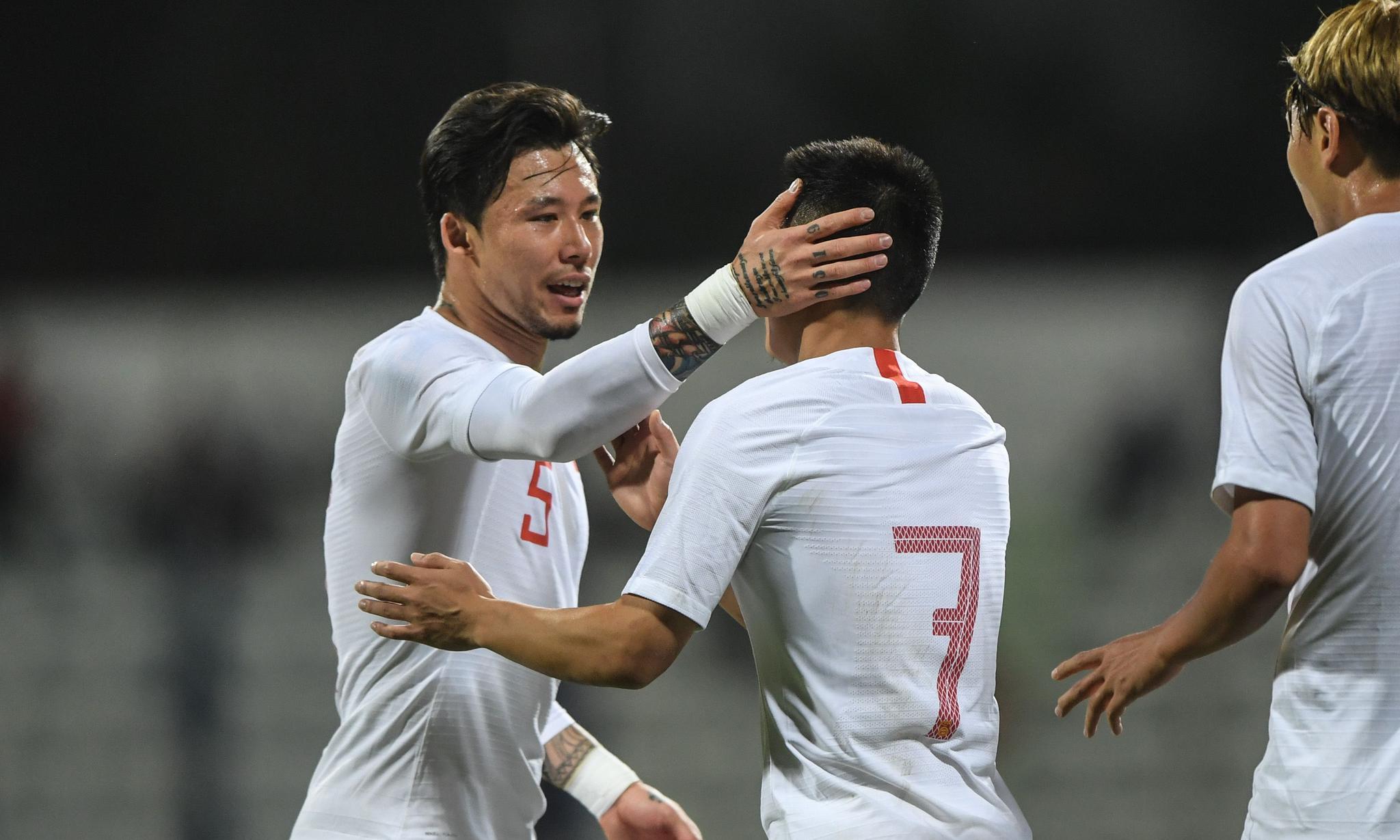 足球——世预赛:中国队对阵叙利亚队(2)