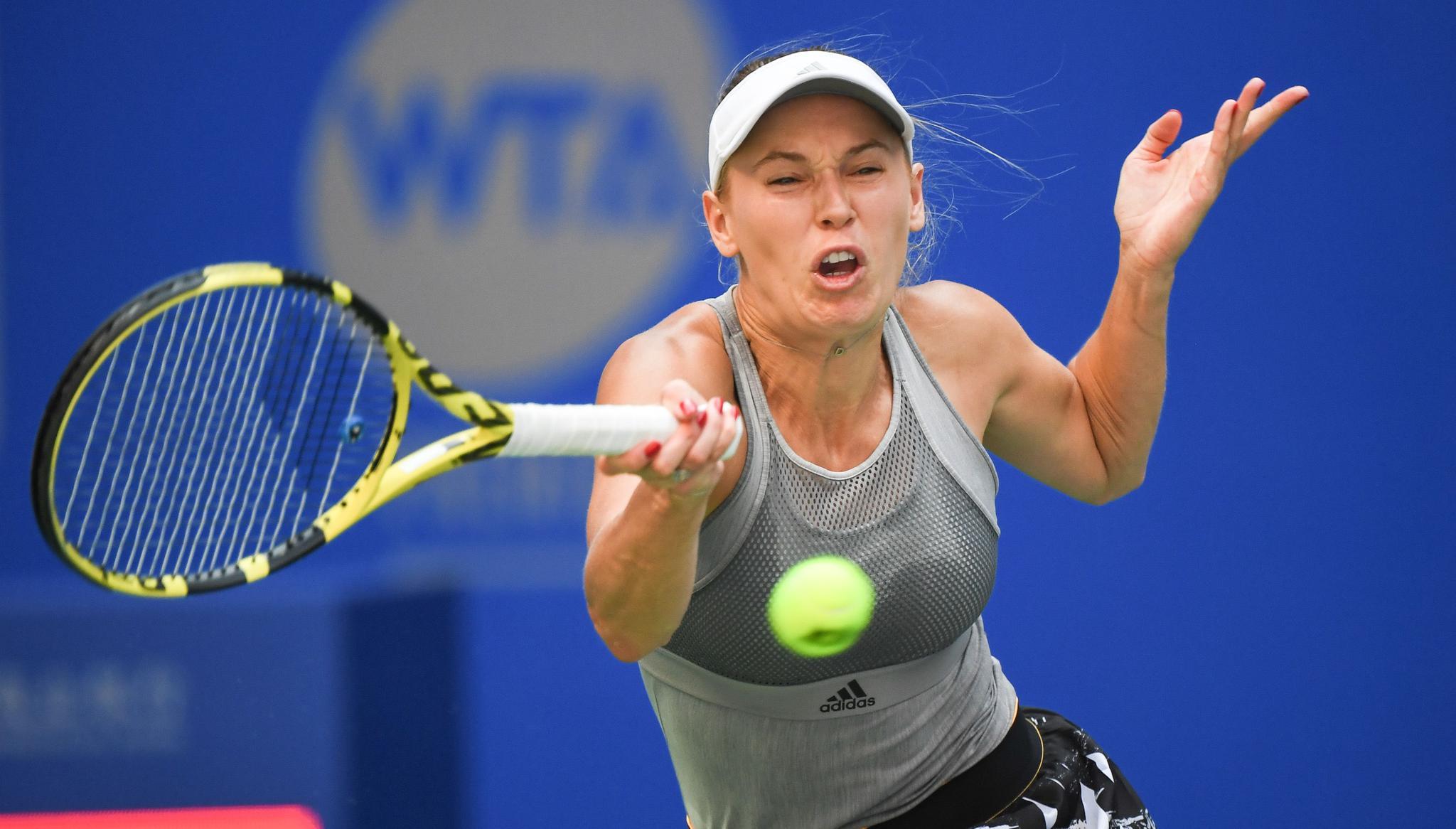 网球——武汉公开赛:沃兹尼亚奇不敌谢淑薇