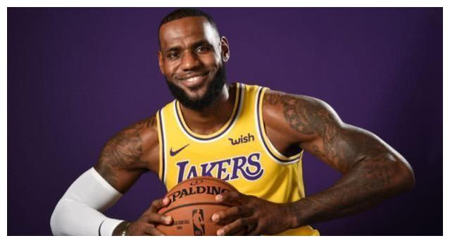 NBA官方发布最新排名:哈登未进前5,字母哥第4,第1还是他