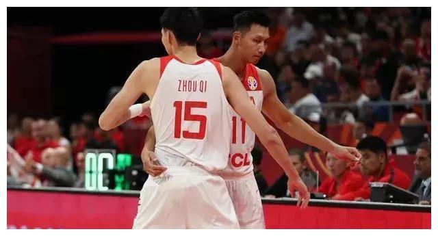 13分18板,又有新援加盟,广东小心,这周琦和新疆,想抢总冠军了