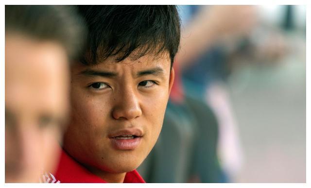 唏嘘!19岁久保表现完爆29岁武磊,真实体现出中日足球的差距