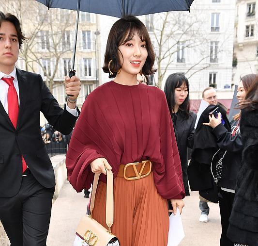 韩剧《继承者们》女主角朴信惠,一款波波头减龄又显脸小