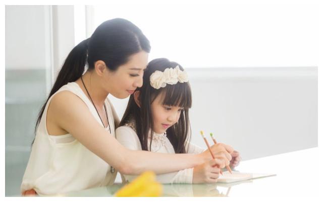 """有种""""基因""""叫黄磊,14岁多多为家人独立做饭,妈妈喊话不用操心"""