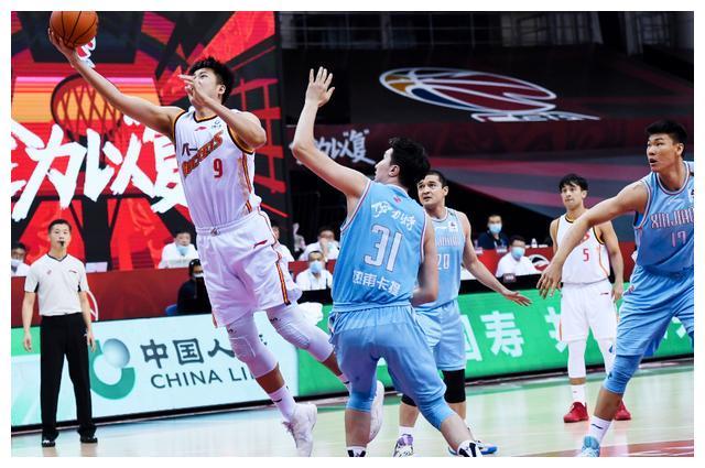 CBA复赛前后排名对比,最失望的不是辽宁,北京两队双外援获利