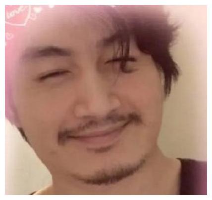 陈晓新剧开机暴瘦,新造型留胡子帅出新高度,生图秒杀王一博