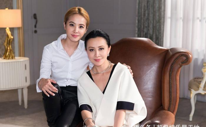 54岁刘嘉玲装嫩「双马尾」演苦情少女网评超违和:何苦为难自己